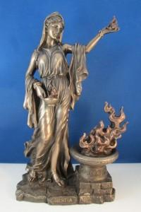hestia-statue01